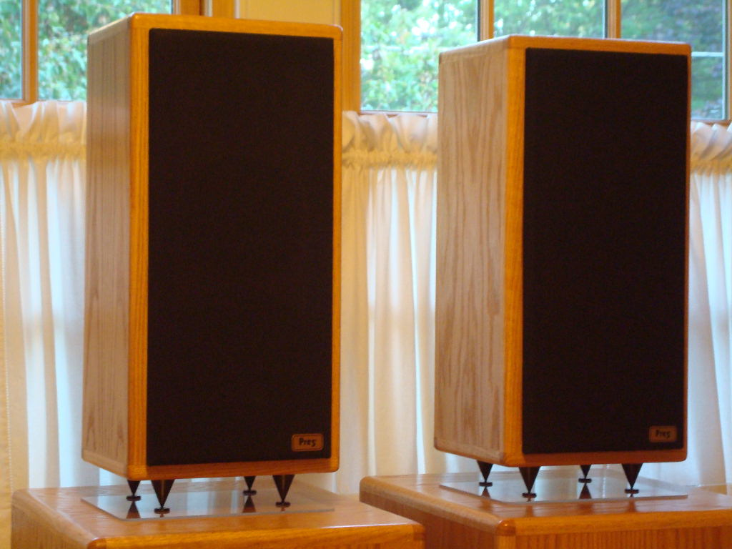 Classic4 with dual powered acoustic suspension subwoofers